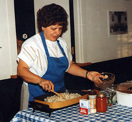 Chris Tamasi giving a cooking demonstration in 1994